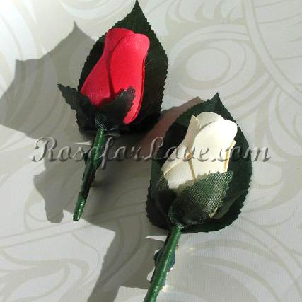 Wooden Rose White and Red Buttonholes (a Set of 2) - Click Image to Close