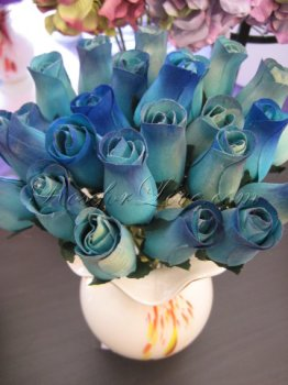 Bouquet of Wooden Rose Blue Buds (3 Color Options)