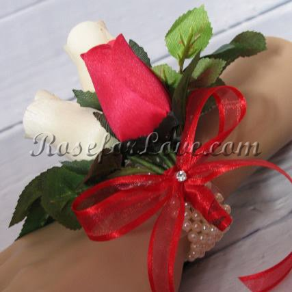 Wooden Rose White and Red Corsage - Click Image to Close