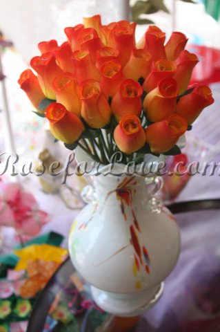 800 Wooden Rose Sunset Yellow Buds (3 Color Options) - Click Image to Close